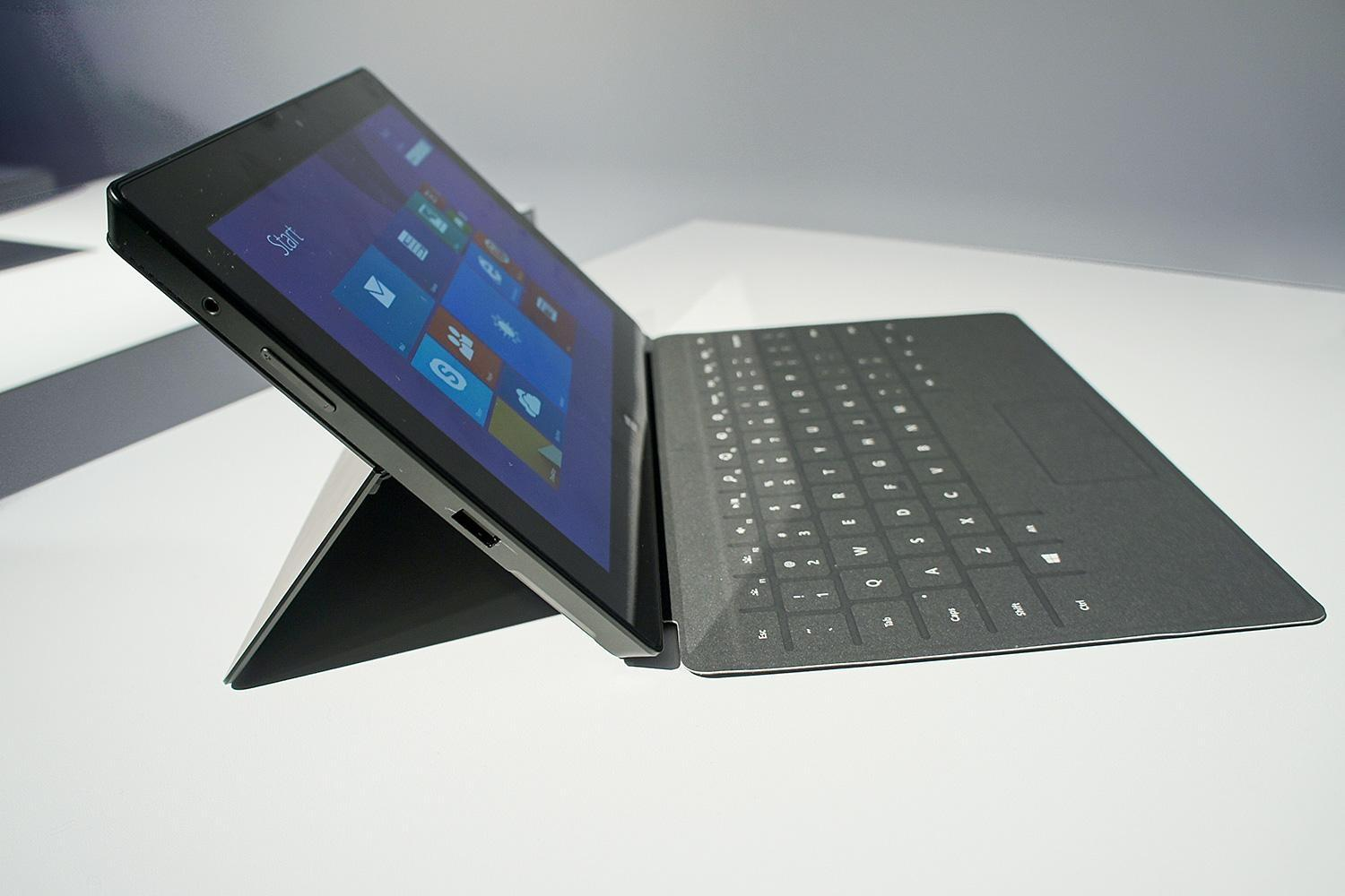 microsoft rolls out new firmware updates for surface and surface pro 2. Black Bedroom Furniture Sets. Home Design Ideas