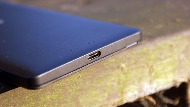 USB-Type-C-порт-Lumia-950-XL.07