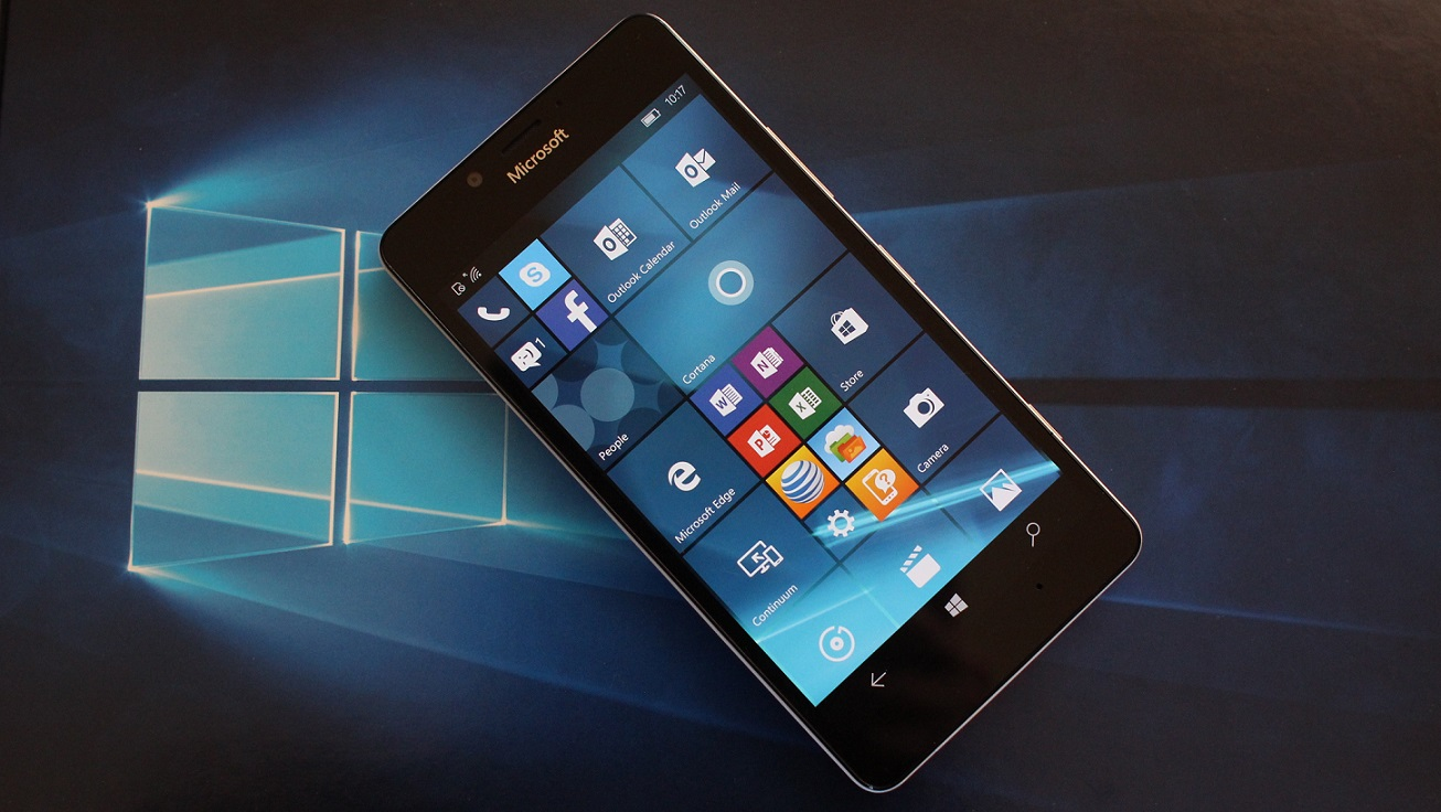 Microsoft expects negligible revenue from Windows Phone