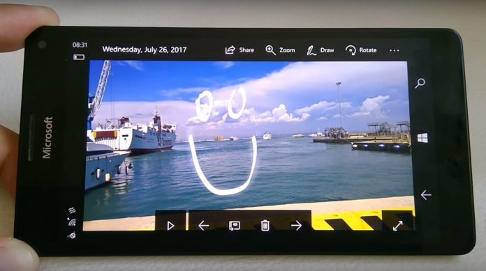 Microsoft Photos app for Windows 10 Mobile