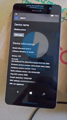 Lumia 960 about screen