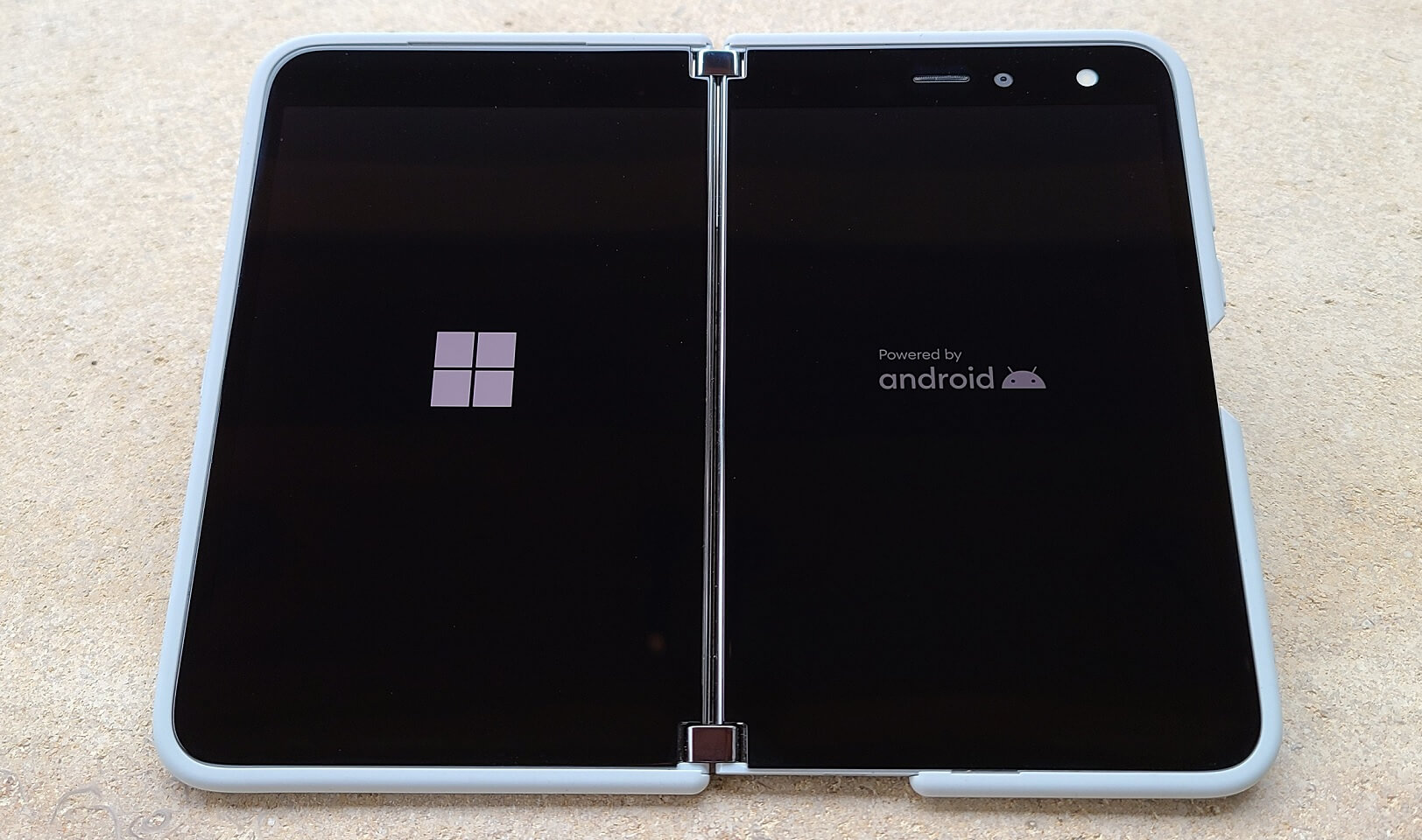Surface Duo boot screen