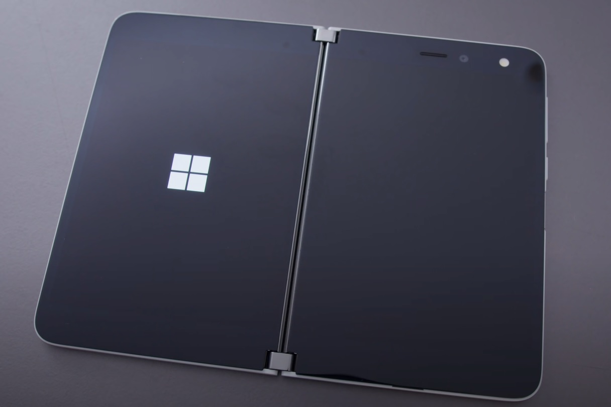 Surface Duo screens