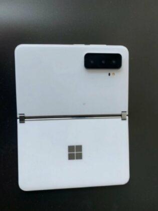 Surface Duo 2 camera