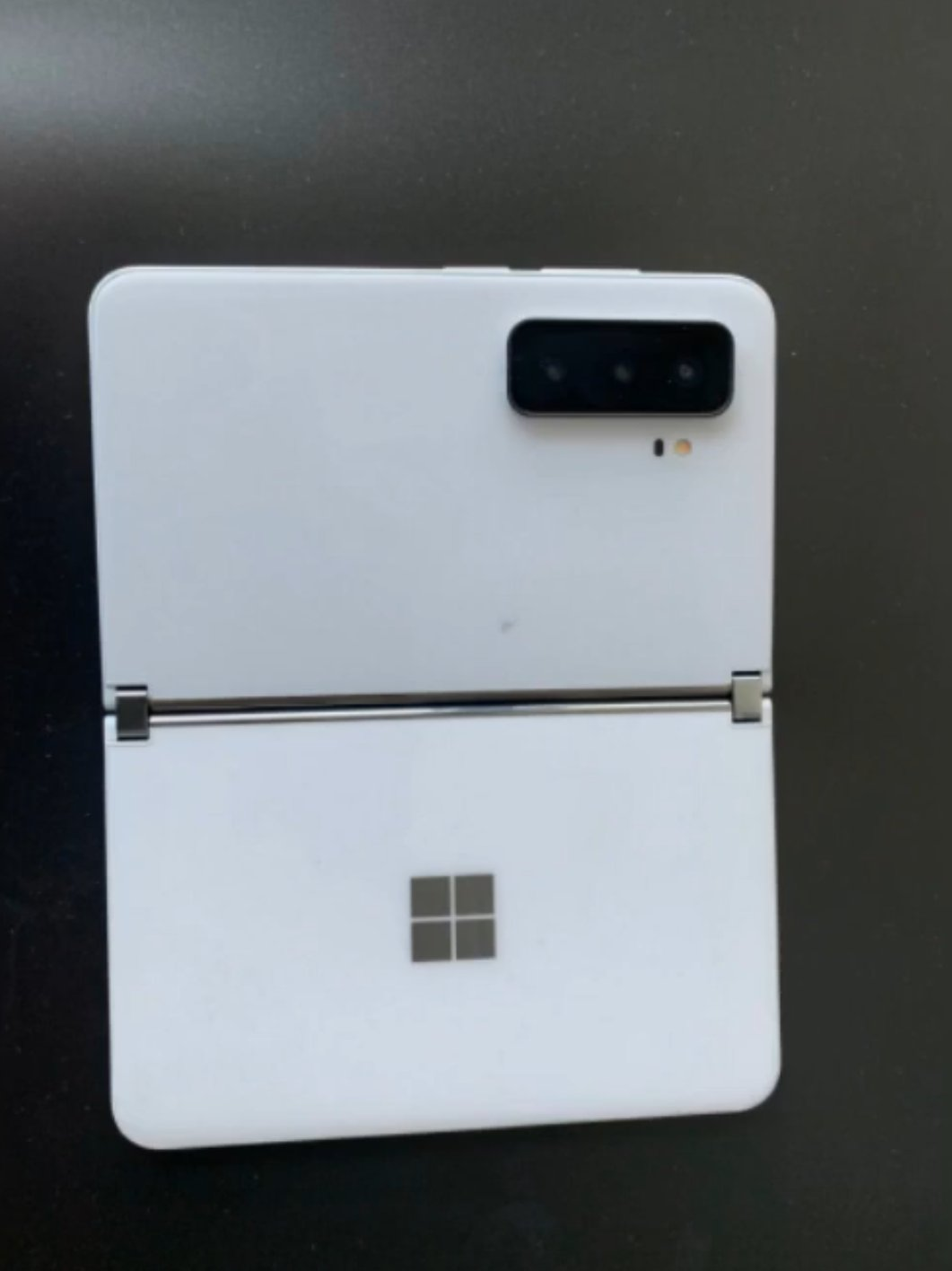 Surface Duo 2 leaked